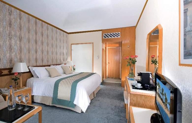 Constantinou Bros Pioneer Beach Hotel - Room - 16