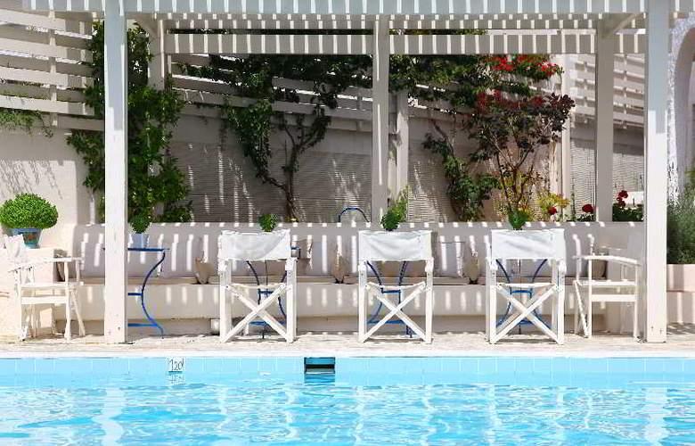 Skopelos Village Hotel Apartments - Pool - 11