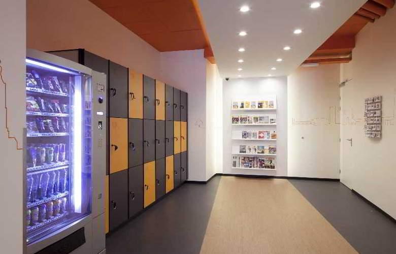 EASYHOTEL Den Haag City CENTRE - General - 2