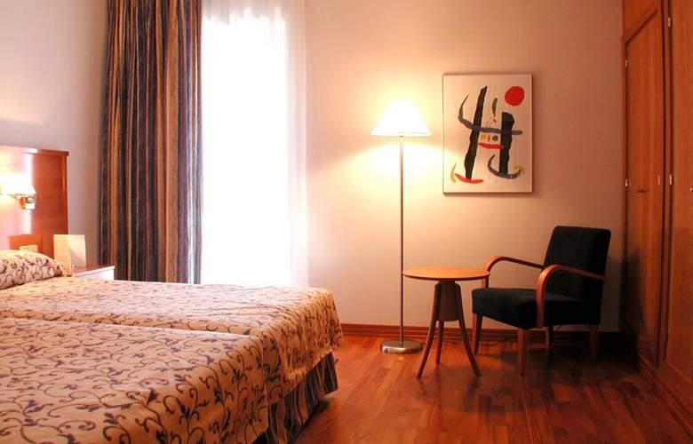 Hotel Sercotel Extremadura - Room - 7
