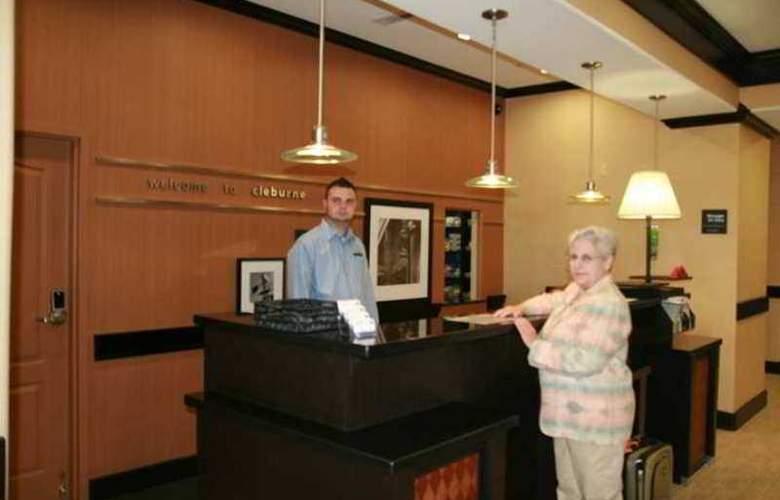 Hampton Inn & Suites Cleburne - Hotel - 0