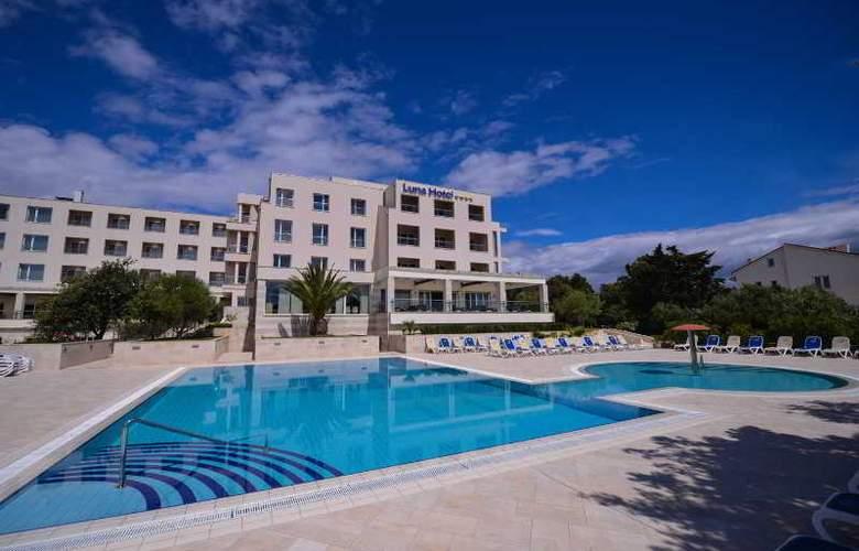 Luna Island Hotel - Hotel - 9