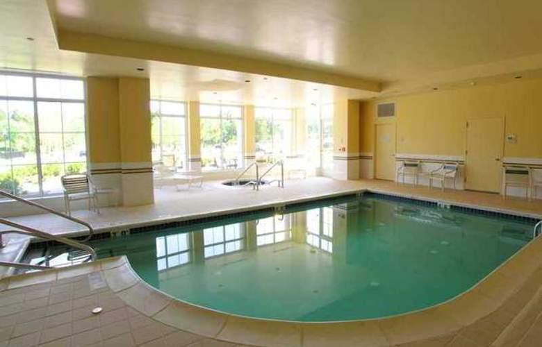 Hilton Garden Inn Suffolk Riverfront - Hotel - 0
