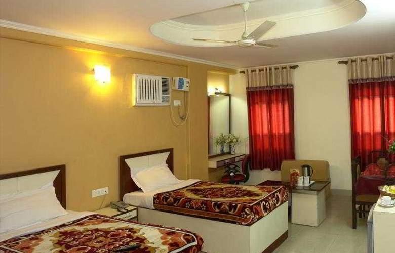 Dakha International - Room - 5