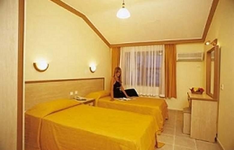 Almera - Room - 2