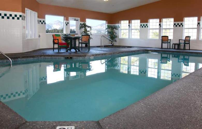 Best Western Plus Columbia River Inn - Pool - 45