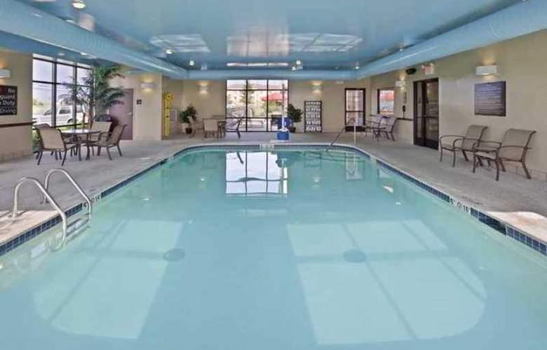 Hampton Inn & Suites Toledo-Perrysburg - Hotel - 2
