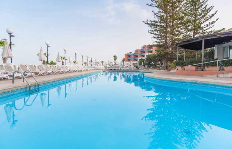 Dolmen Hotel Malta - Pool - 30