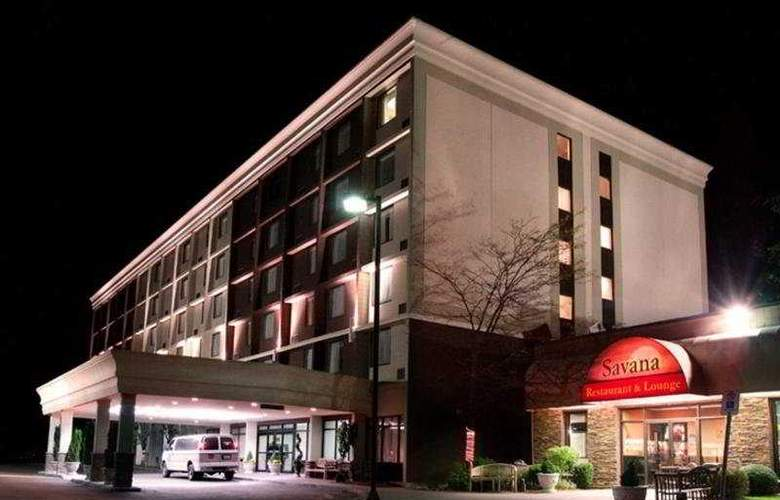 Best Western Plus Toronto Airport - Hotel - 0