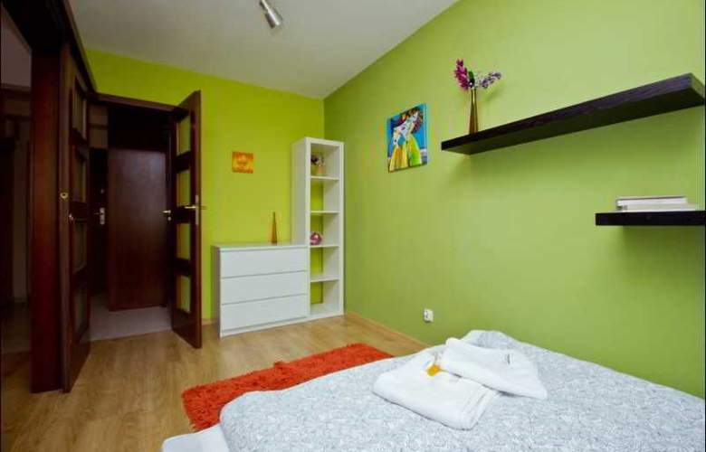 P&O Apartments Emilii Plater - Room - 8