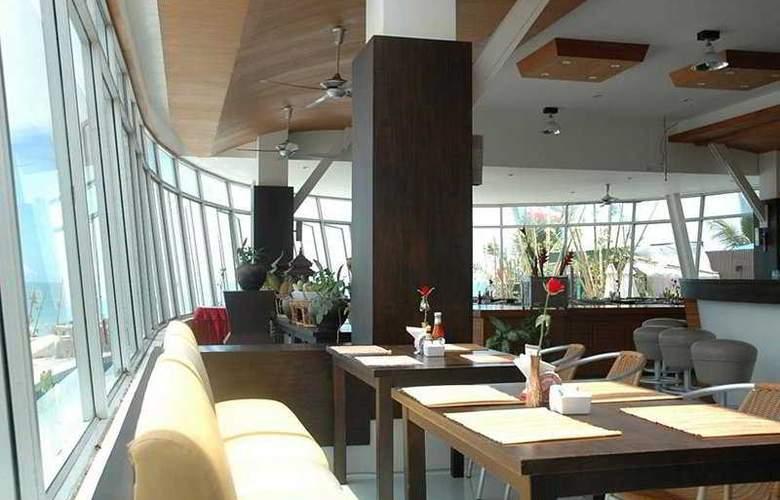 Al's Resort - Restaurant - 11