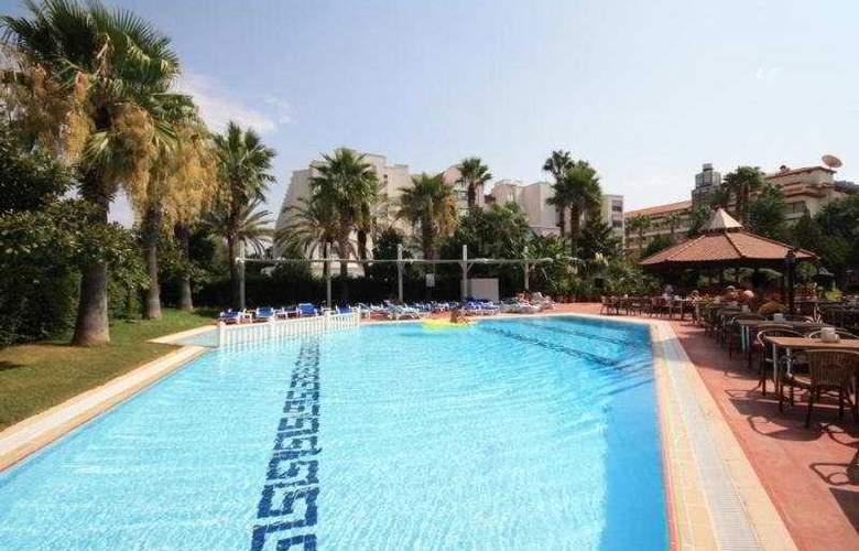 Verde Hotel - Pool - 12