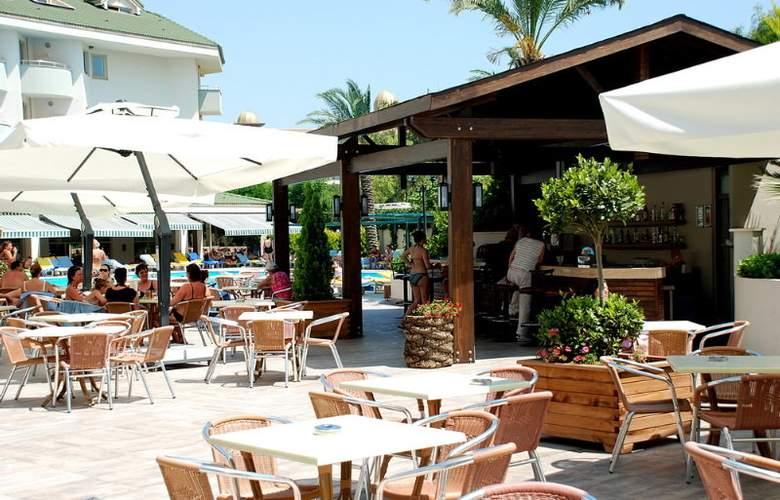 SIDE BREEZE HOTEL - Bar - 3