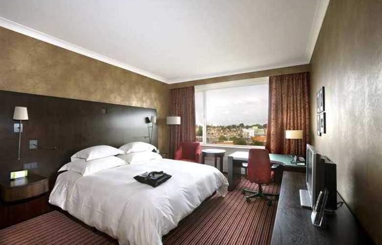 Hilton Amsterdam - Hotel - 2