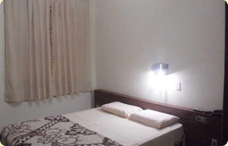 Express Savoy Hotel - Room - 4