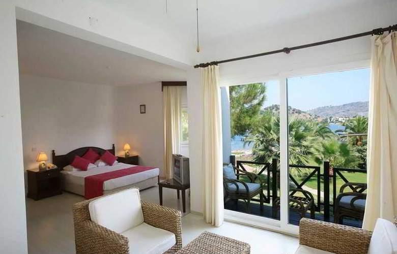 Princess Artemisia Hotel - Room - 15
