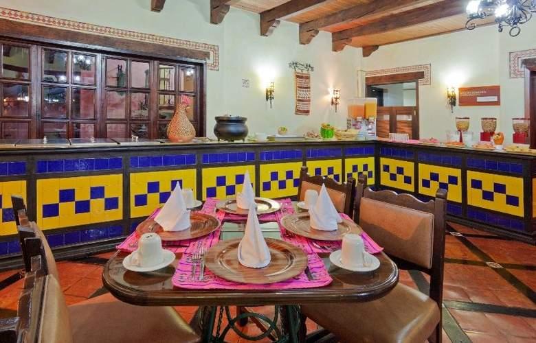 Holiday Inn San Cristobal - Restaurant - 10