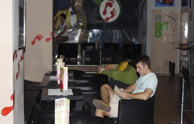 Feel Hostel Soho Malaga - Hotel - 0