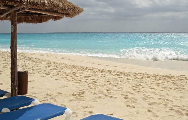 Emporio Hotel & suites Cancun - Beach - 2