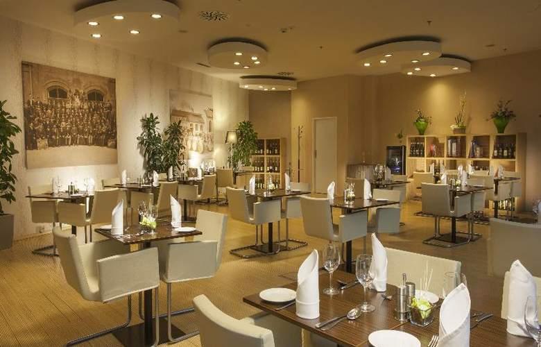 Grandior Hotel Prague - Restaurant - 10