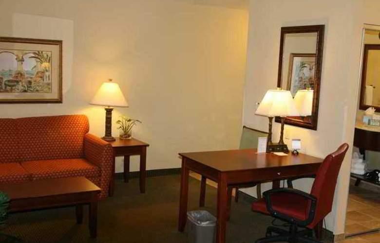 Hampton Inn & Suites Stuart-North - Hotel - 4