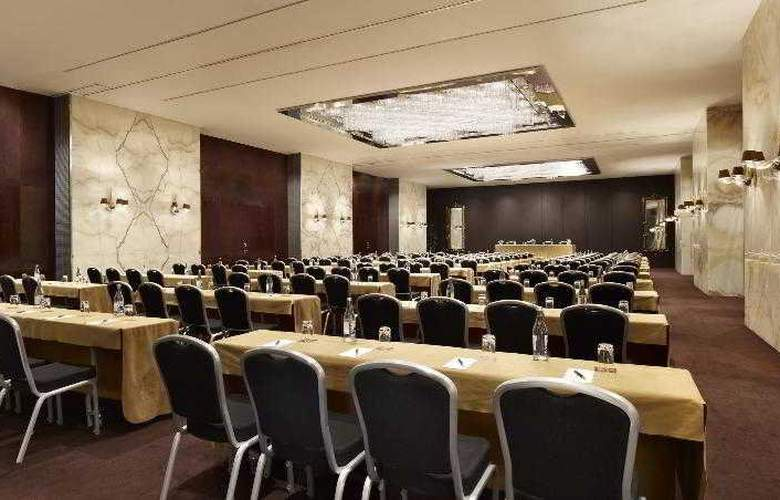 Sheraton Lisboa and Spa - Hotel - 13