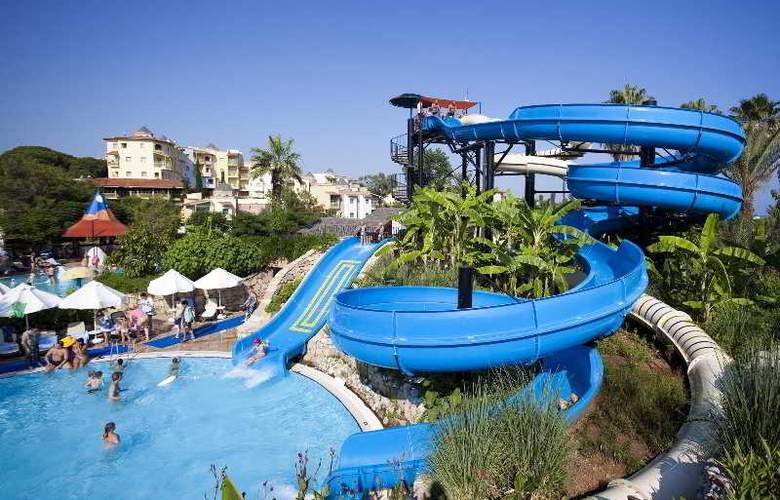 Limak Arcadia Golf & Sports Resort - Pool - 25