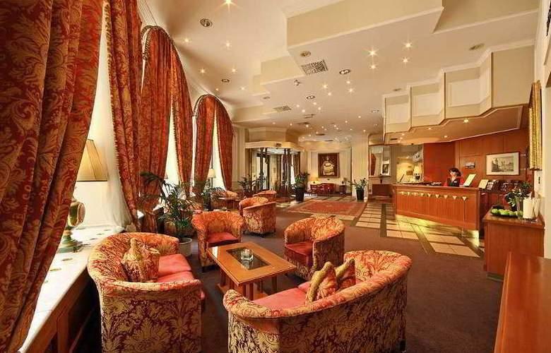 Grand Hotel Bohemia - General - 1