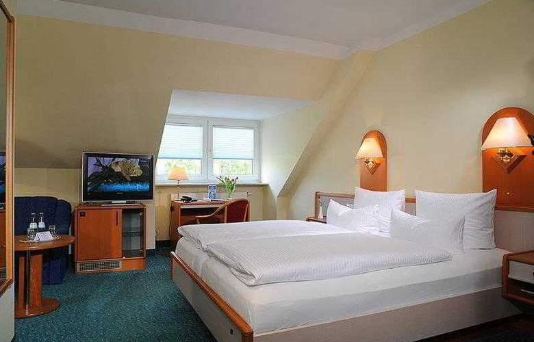 Best Western Hotel Der Lindenhof - Hotel - 1