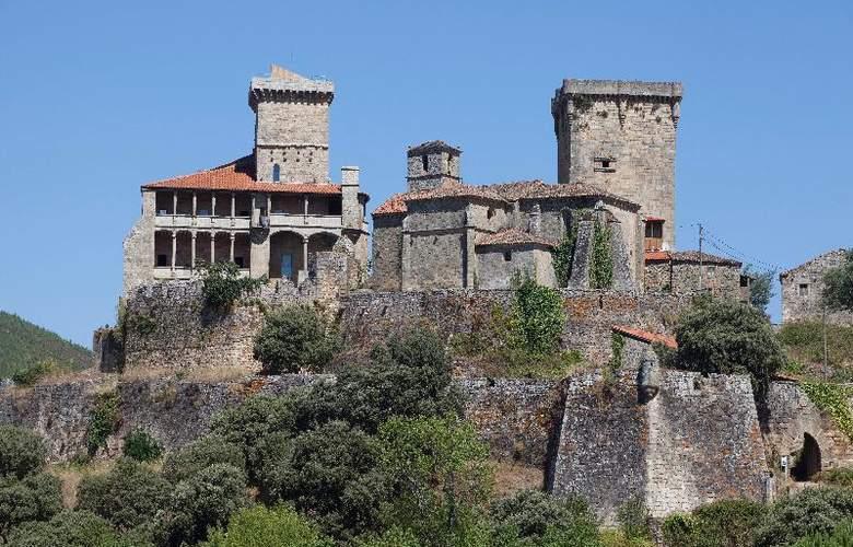 Parador Castillo de Monterrei - Hotel - 0