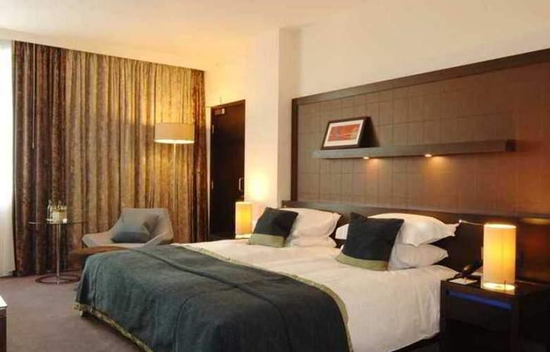 Hilton London Canary Wharf - Hotel - 9
