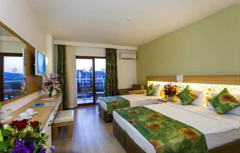 Eftalia Splash Resort - Room - 12