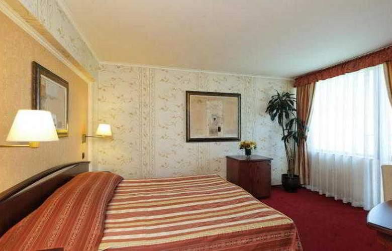 Capitol - Room - 5