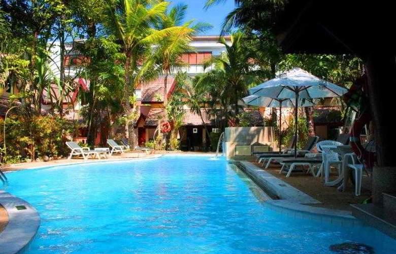 Emerald Garden Resort - Pool - 5