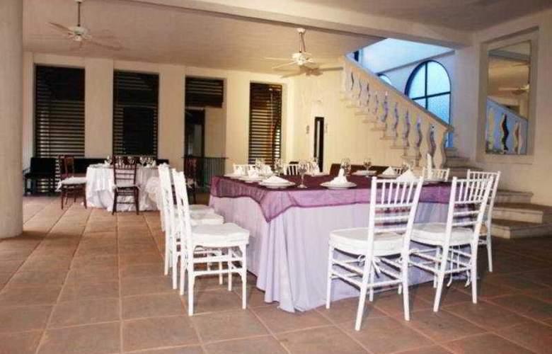 Gran Hotel Tamayo - General - 4