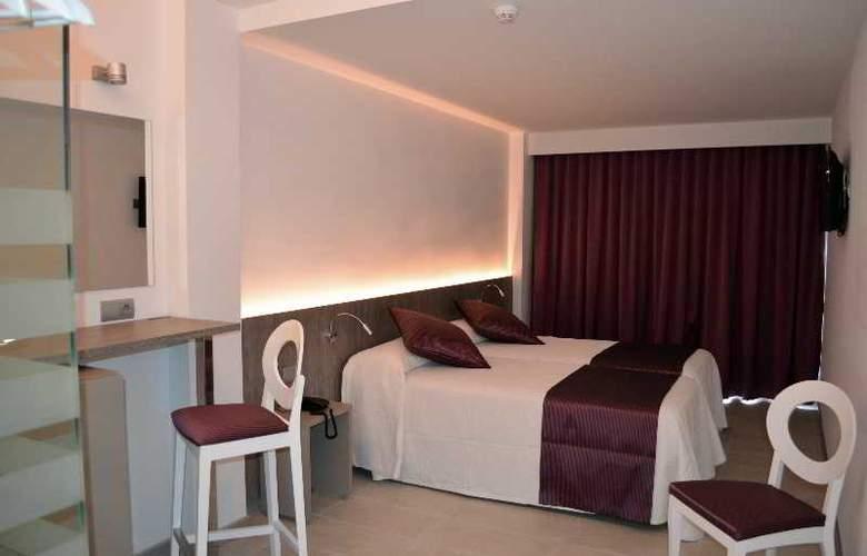 Hotel Apartamentos El Puerto - Room - 5