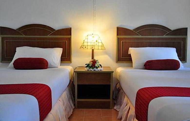 Coral Island Resort - Room - 6