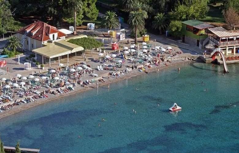 Grand Hotel Park - Beach - 10