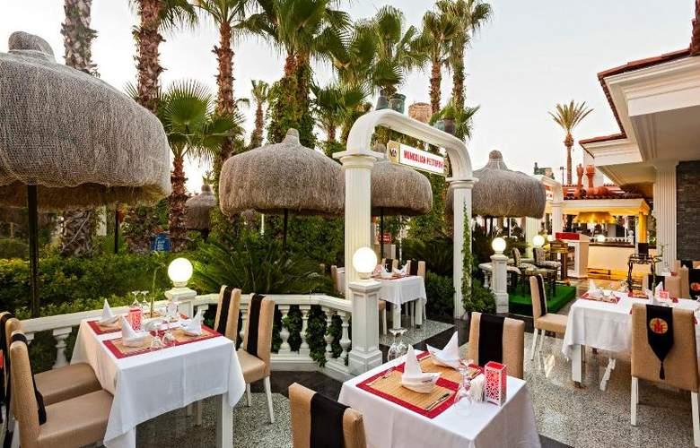 Club Hotel Sera - Restaurant - 27