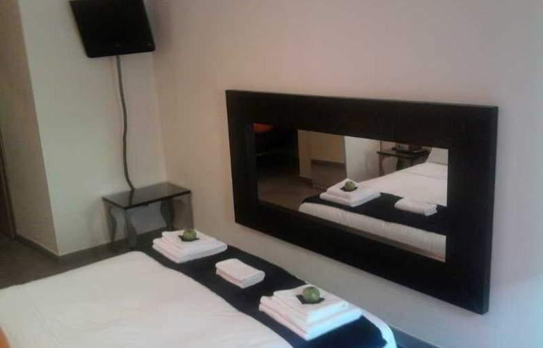 Hostal Oxum - Room - 2