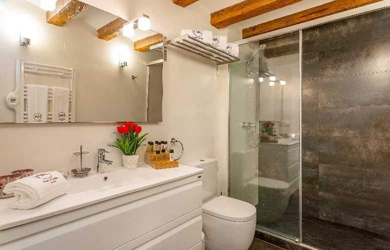 Urban District - Vintage Suites - Room - 22
