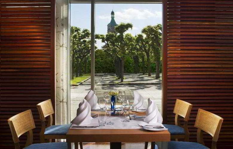 Sheraton Sopot Hotel - Restaurant - 45