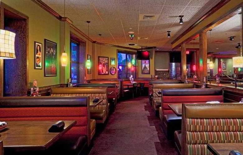 Holiday Inn Resort Lake Buena Vista (Sunspree) - Restaurant - 9