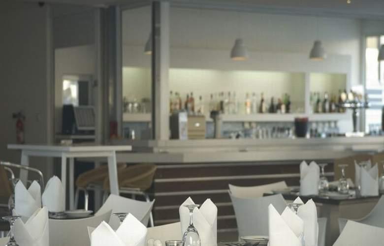 Melpo Antia - Restaurant - 18