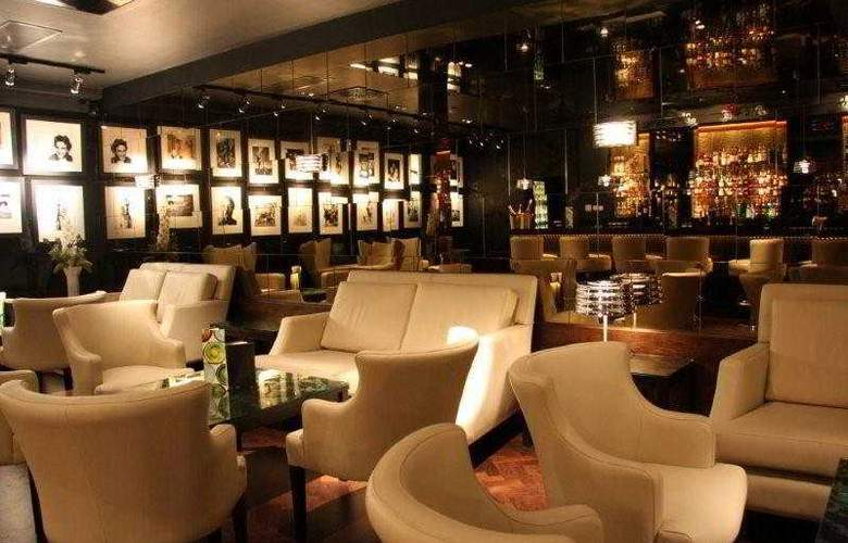 The Vincent - Bar - 3