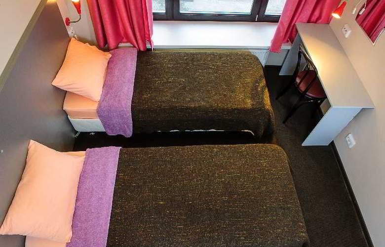 Privet Hostel - Room - 13