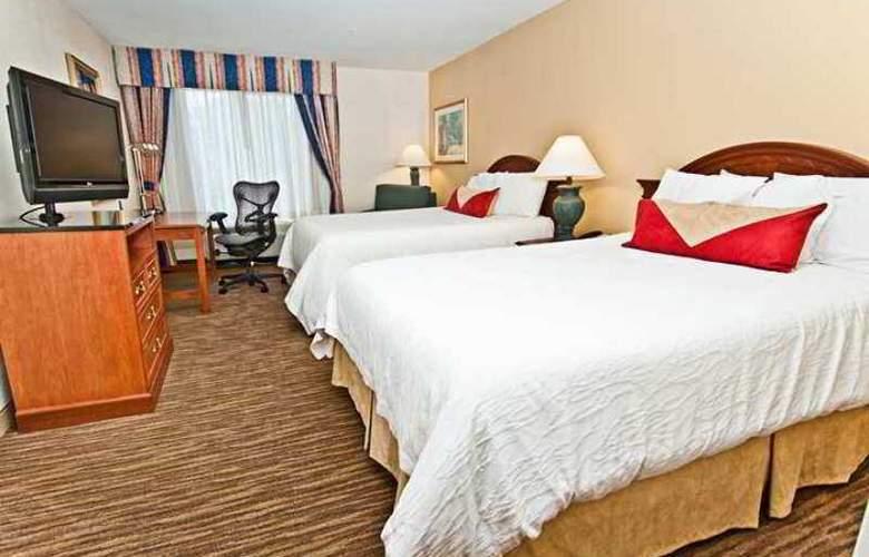 Hilton Garden Inn Addison - Hotel - 2