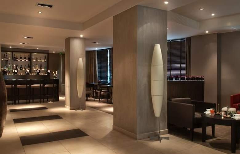 Holiday Inn Paris - Elysées - Bar - 6