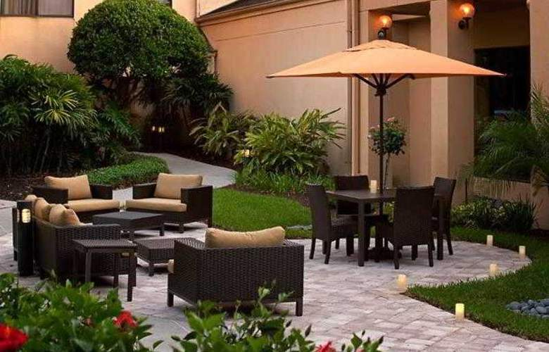Courtyard Orlando Airport - Hotel - 3