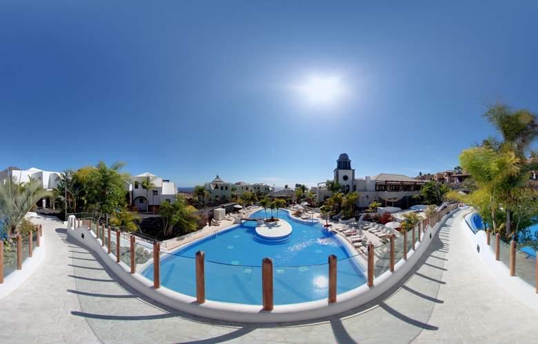 Hotel Suites Villa Maria - Pool - 20